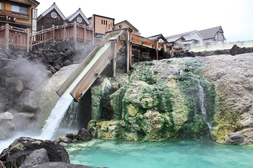 ver manantial en Kusatsu Onsen en Gunma Japón