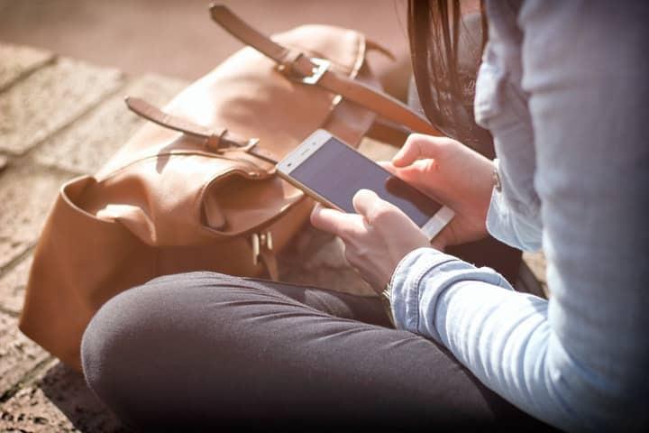Este servicio suele ser uno de los más caros ya que algunos operadores te cobran por MB. (Foto: Tofros.com - Pexels.com)