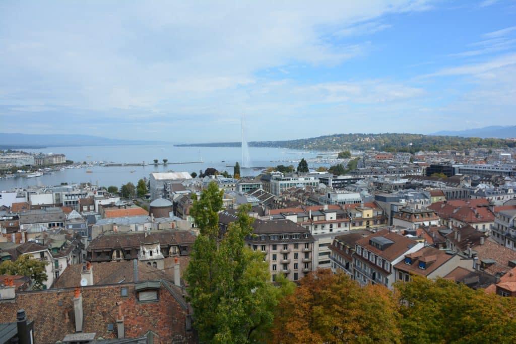 Vista de Ginebra desde la Catedral de San Pedro (Suiza)