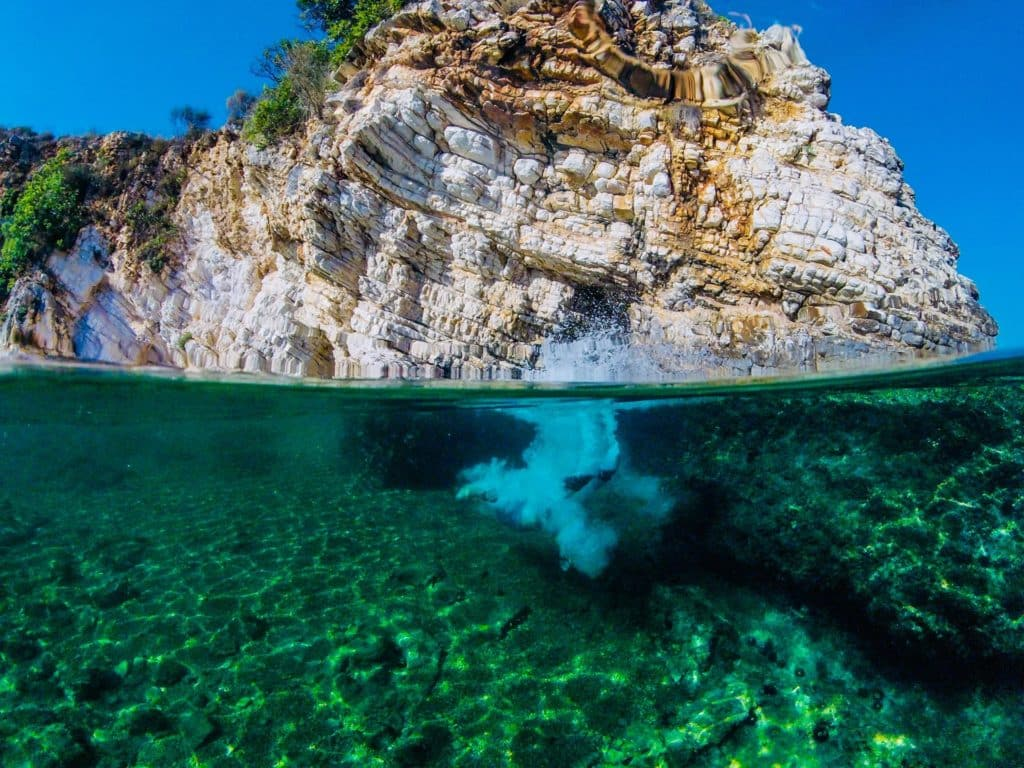 Isla en Saranda Albania, playas, riviera europea