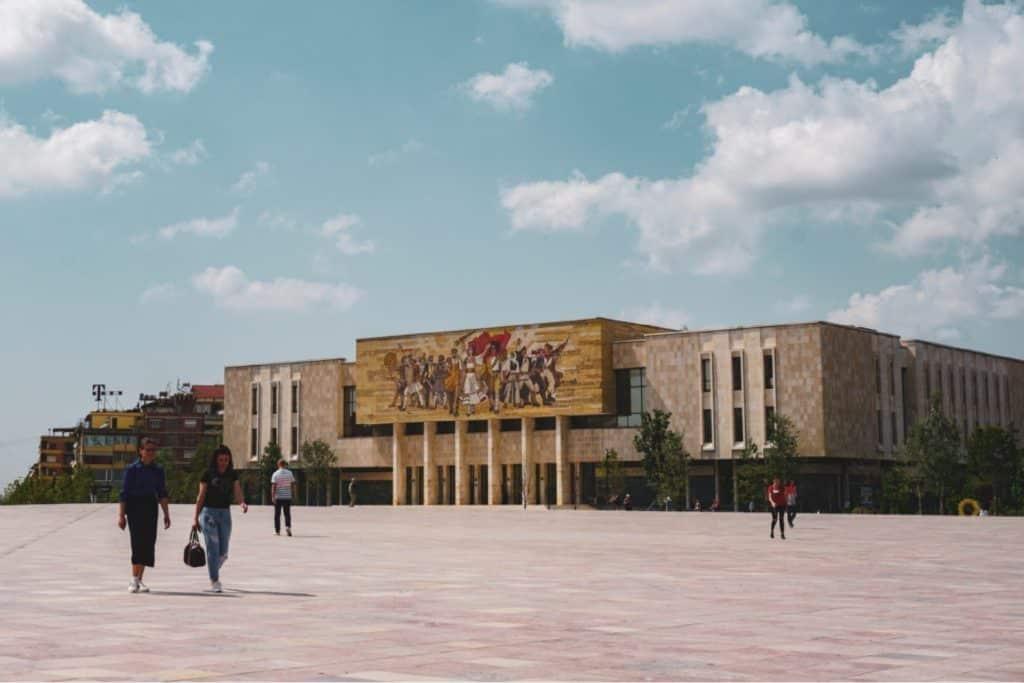 Museo de la Historia Nacional, Albania, Tirana, que ver