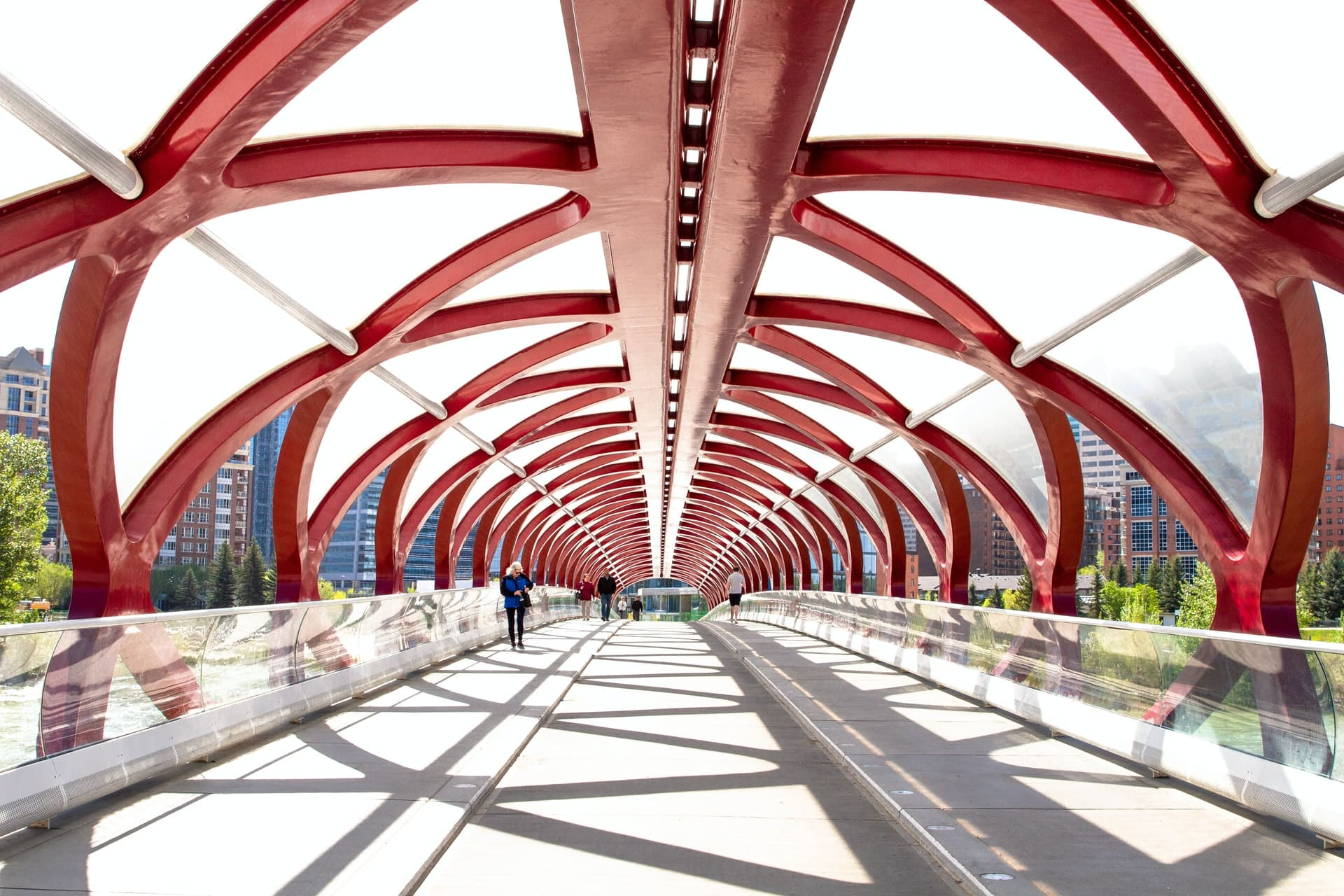 Puente de la Paz en Calgary, Canadá
