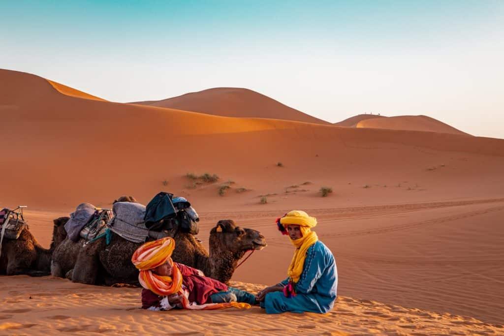 Bereberes en Merzouga, viaje al desierto de Maruuecos