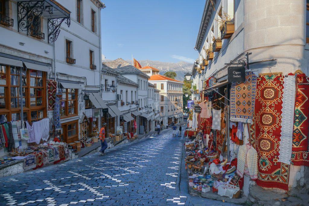 Conoce la ciudad Gjirokaster en Albania, 5 ciudades