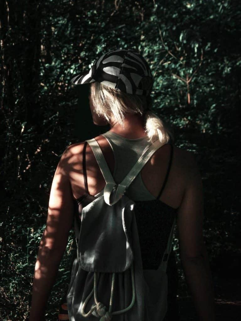 Adéntrate en bosque en Zemun, Serbia