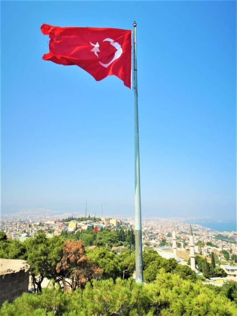 Flagge der Türkei in Ankara