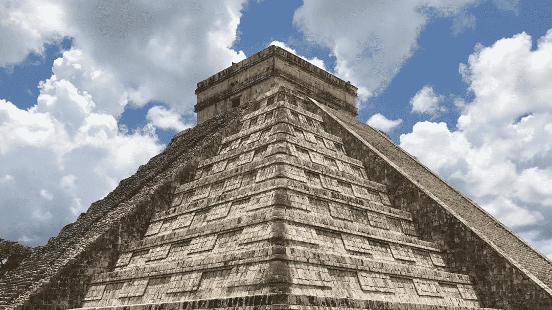 holafly-mexico-pyramid-portada