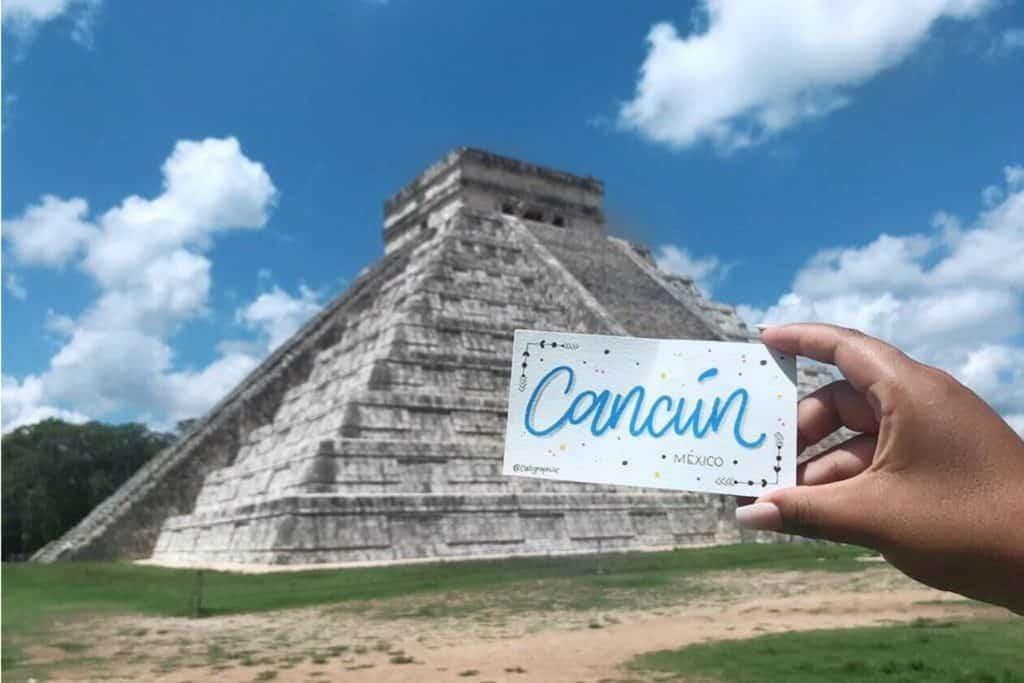 Lettres de voyage à travers les ruines mayas de Chichen Itza sur le chemin de Cancun