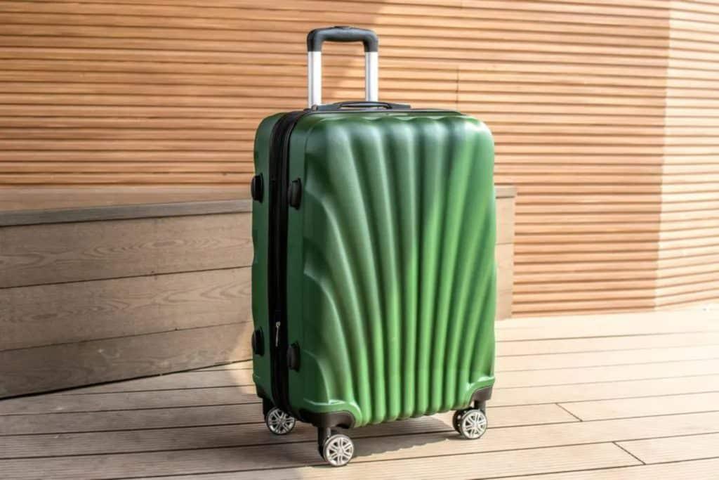 Valise verte pour voyager, valise mexique au Mexique